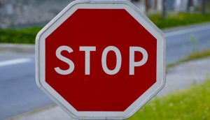 Znak czerwony STOP
